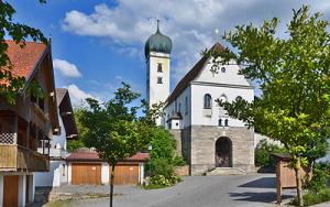 Böbing Pfarrkirche St. Georg