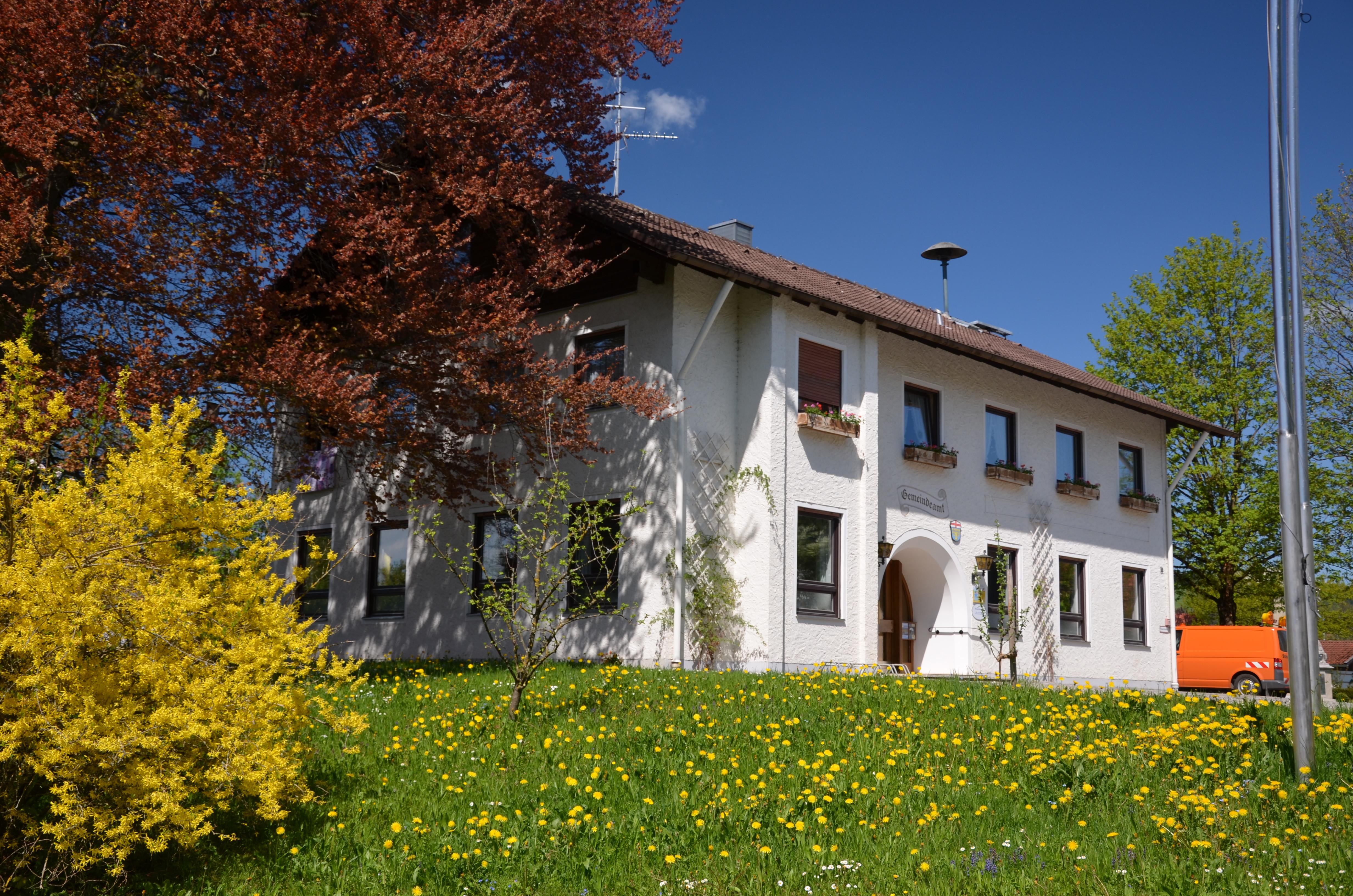 Das Rathaus in Böbing